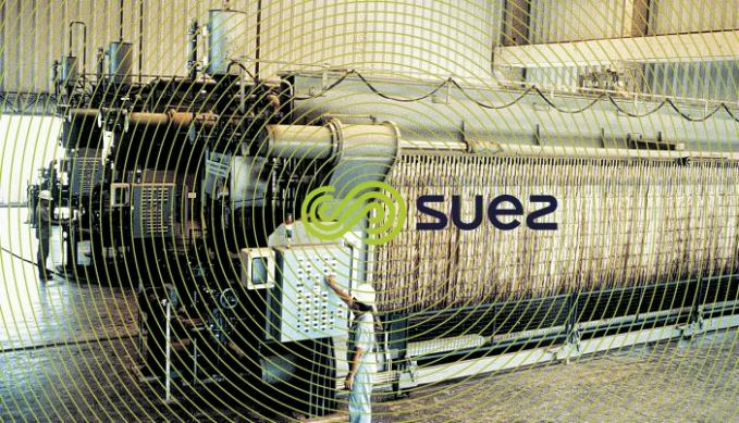 Installation d'Achères pour le SIAPP – Capacité : 230 t · j–1 de MS – 14 filtres-presse à suspension latérale (140 plateaux de 1 500 × 1500)